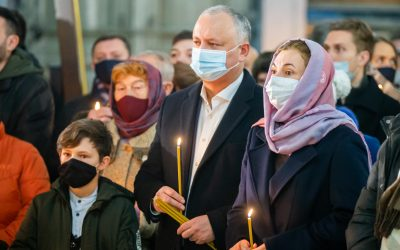 Igor Dodon a participat la slujba de Crăciun, oficiată la Catedrală
