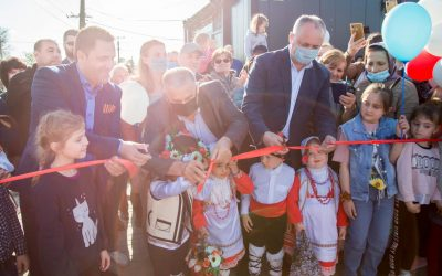 Igor Dodon a participat la inaugurarea unui teren de sport multifuncțional în satul Gaidar