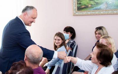 Una din primele inițiative legislative în noul Parlament va fi cea de majorare cu 40 la sută a salariilor pentru personalul medical