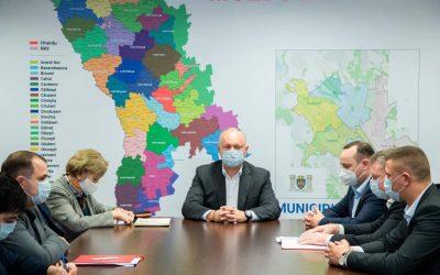 Am avut o întrevedere cu candidații Blocului Comuniștilor și Socialiștilor la alegerile locale noi care se vor desfășura pe data de 21 noiembrie curent în 15 localități ale Moldovei