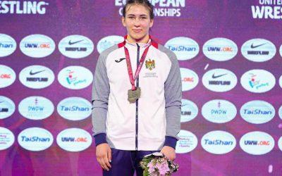 Transmit cordiale felicitări sportivei noastre, Irina Rângaci